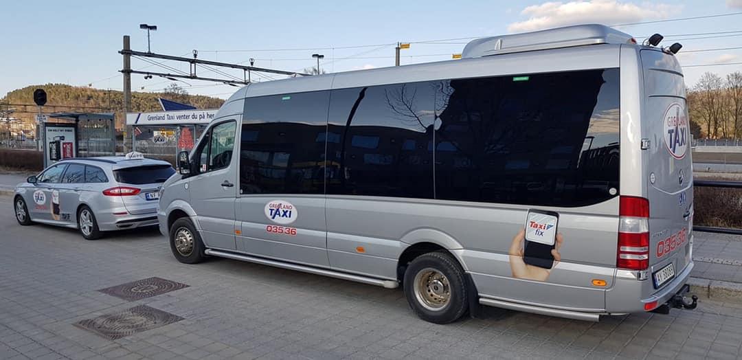 Illustrasjon: Maxitaxi. Porsgrunn, takket være Grenland Taxi, har tilgang 3 maxitaxier, som blant annet kan utstyres med barnevogn.