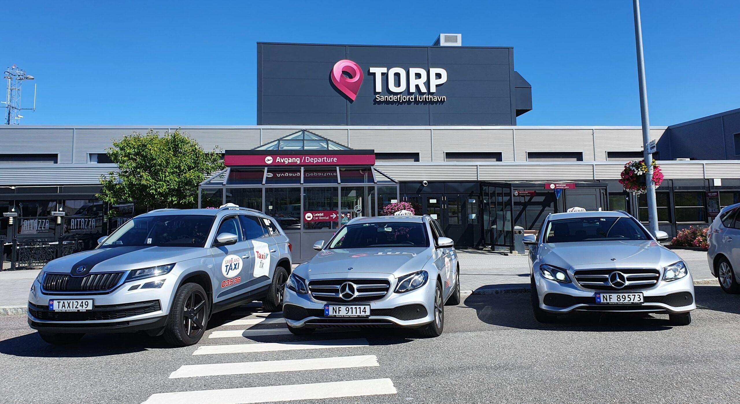 Til Torp Lufhavn kan man ta flytaxi. Porsgrunn, Larvik, Tønsberg og Skien er blant byene som finnes i nærheten.